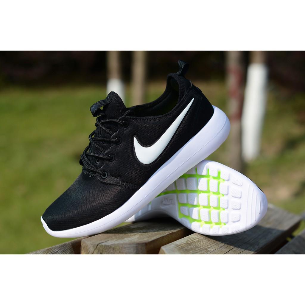 <BR> รองเท้าผู้ชายและผู้หญิง Nike Roshe Two V 2, รองเท้ากีฬาน้ำหนักเบาสบาย ๆ