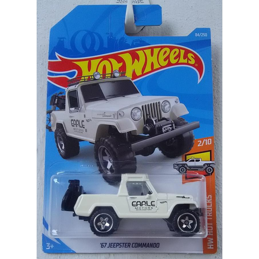 Xe mô hình Hot Wheels '67 Jeepster Commando FYB53