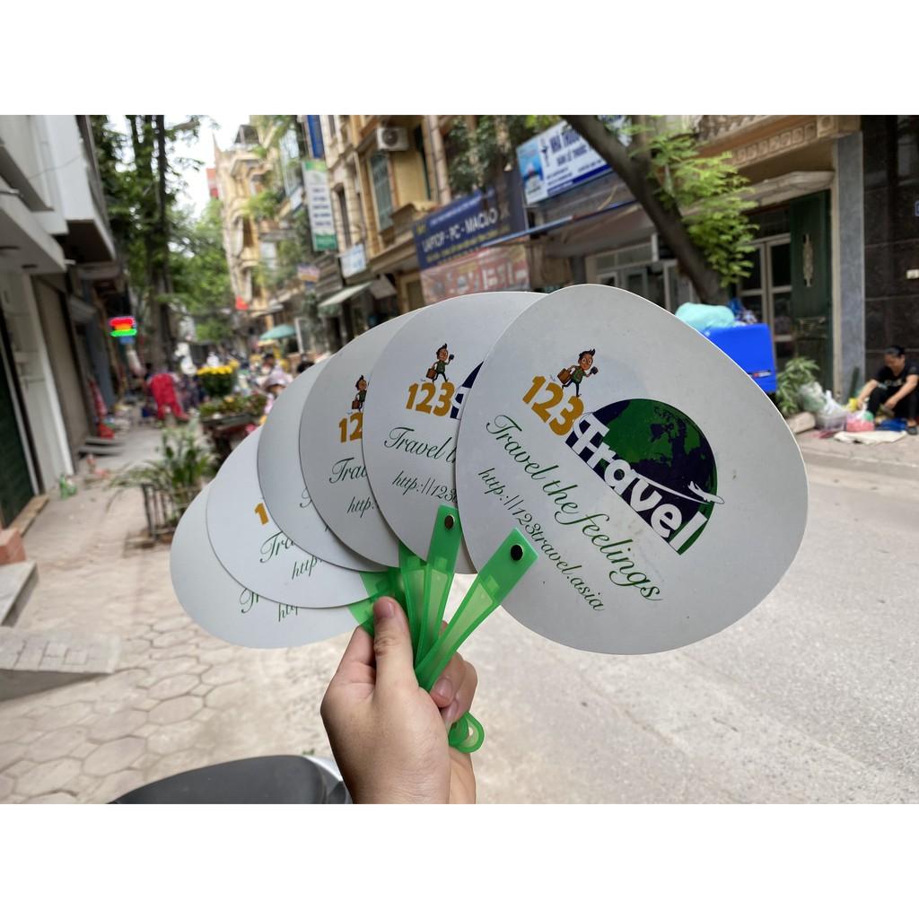 Quạt nhựa cầm tay mùa hè chất liệu PVC siêu dẻo
