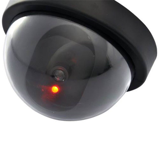 Mô hình camera có đèn hồng ngoại,giống thật 100%