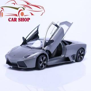 Xe mô hình tĩnh trưng bày bằng sắt thiết kế như thật