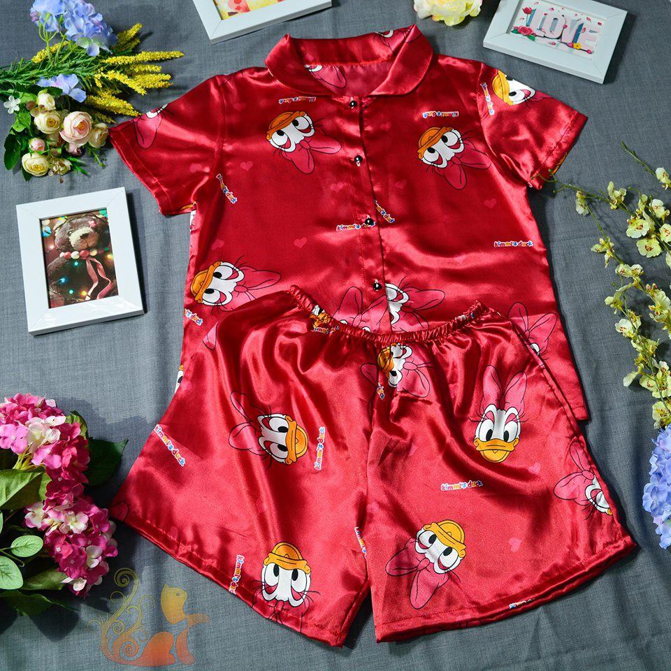 "Đồ ngủ Pijama Phi bóng - ""Vịt Donal nơ đỏ"" - Dưới 60kg - 3369856 , 731385893 , 322_731385893 , 200000 , Do-ngu-Pijama-Phi-bong-Vit-Donal-no-do-Duoi-60kg-322_731385893 , shopee.vn , Đồ ngủ Pijama Phi bóng - ""Vịt Donal nơ đỏ"" - Dưới 60kg"
