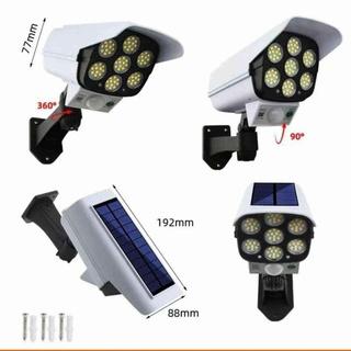 Đèn năng lượng mặt trời tự động bât tắt chống trộm có điều khiển
