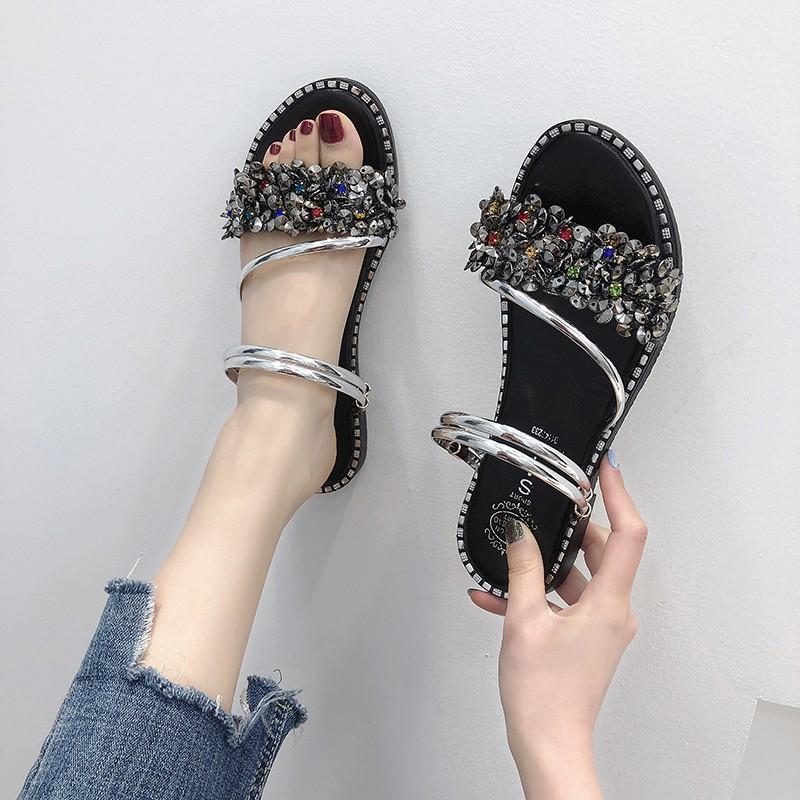 รองเท้าหนึ่งสองสวมใส่รองเท้าแตะหญิง 2019 เวอร์ชั่นเกาหลีใหม่ของนางฟ้าป่าลมรองเท้าโรมันนักเรียน rhinestone รองเท้าชายหาดแ