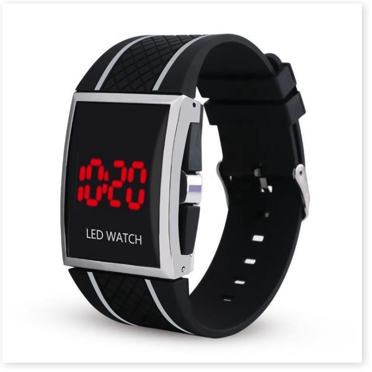 Đồng hồ thể thao BH 1 THÁNG  Đồng hồ đèn led mặt vuông đầy cá tính 8911
