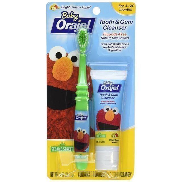(Date 05/2022) Kem đánh răng nuốt được & Bàn chải Orajel cho bé