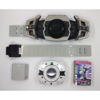 Dx Belt Decade Super Best & 58 Card Ganbaride – Kamen Rider Decade – Mô Hình Đồ Chơi Bandai