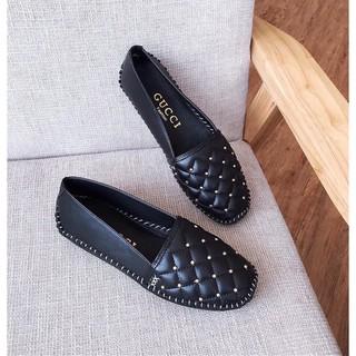 Giày moca đế bệt dạng trần chỉ nổi lên chân cực êm