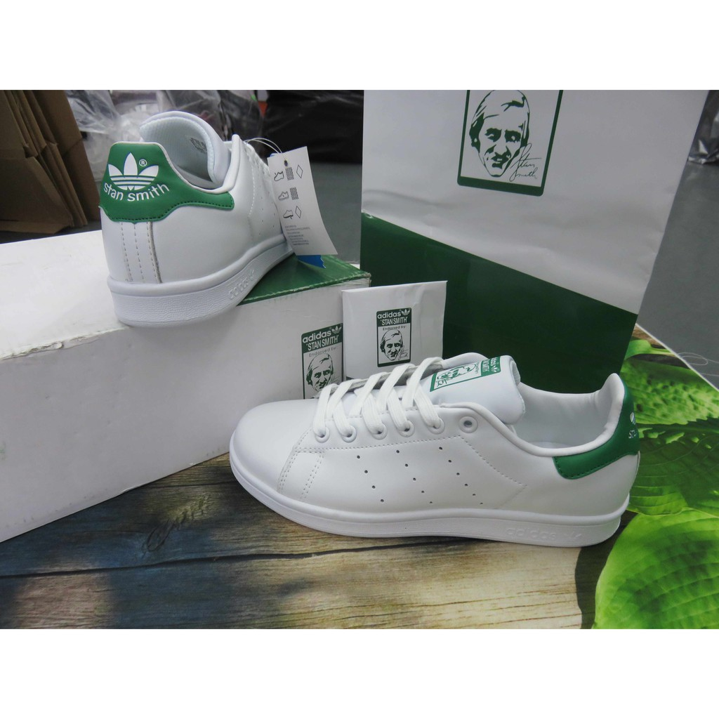 Giày thể thao stan smith xanh lá phụ kiện