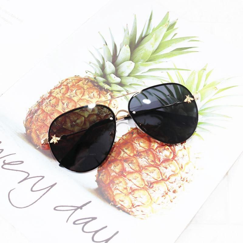 🐝แว่นตาเด็ก แว่นกันแดดเด็ก แว่นแฟชั่นเด็ก ใส่เท่ห์ๆ ถ่ายรูปKids Baby Sunglasses UV400 Design Light Girls & Boys Ins Bee