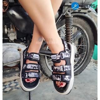 [Mã FASHIONRNK giảm 10K đơn 50K] HOT [HÀNG CÓ SẴN] Sandal Unisex Nam-Nữ hot trend- đế êm nhẹ D1001 Den Camo thumbnail