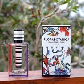 Nước hoa nữ Florabotanica ( mẫu thử 10ml) thumbnail