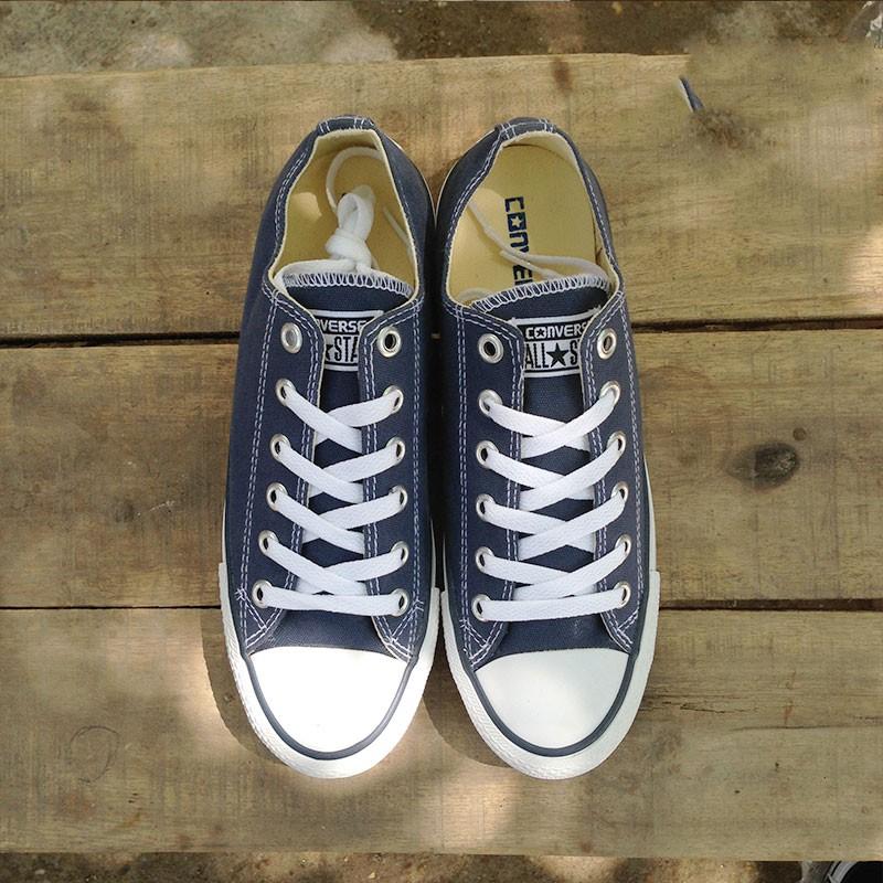 Combo 2 đôi giày Converse Classic màu xanh navy + đen - 2616516 , 646281683 , 322_646281683 , 330000 , Combo-2-doi-giay-Converse-Classic-mau-xanh-navy-den-322_646281683 , shopee.vn , Combo 2 đôi giày Converse Classic màu xanh navy + đen