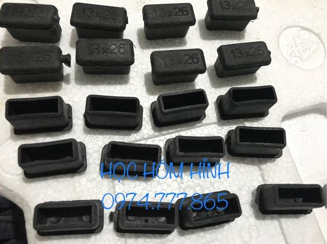 Combo 20 Bịt Nhựa trong sắt hộp 13x26