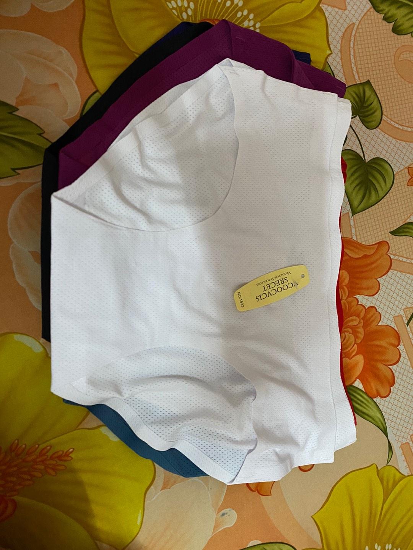 Đánh giá sản phẩm Combo 10 quần lót nữ su thông hơi cao cấp thiết kế không đường may, chất su mát lạnh, siêu co giãn, mềm mịn, thoán của c*****b
