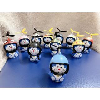 Doraemon chong chóng tre độc đáo