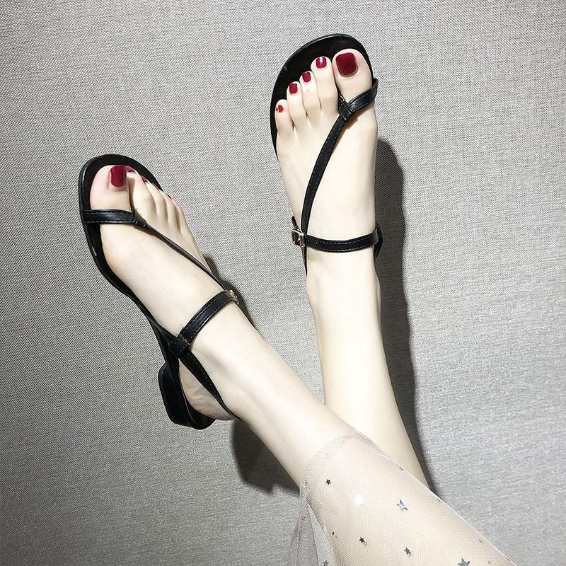 Giày sandal nữ đế dày thời trang mùa hè - 14850581 , 2670852833 , 322_2670852833 , 251100 , Giay-sandal-nu-de-day-thoi-trang-mua-he-322_2670852833 , shopee.vn , Giày sandal nữ đế dày thời trang mùa hè