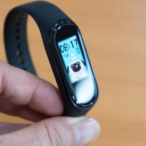 Vòng đeo tay thông minh theo dõi sức khỏe Xiaomi Mi Band 4 BH 6 tháng