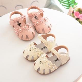 Dép xăng đan mới cho bé 2020 Baotou bé gái, hoa mềm mại công chúa cho trẻ mới biết đi