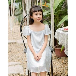 Đầm Tơ Bé Gái Họa Tiết Lông Chim Xanh DIDO thumbnail