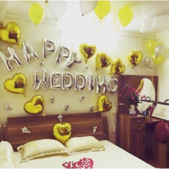 Dải 12 chữ Happy Wedding vàng/bạc/đỏ