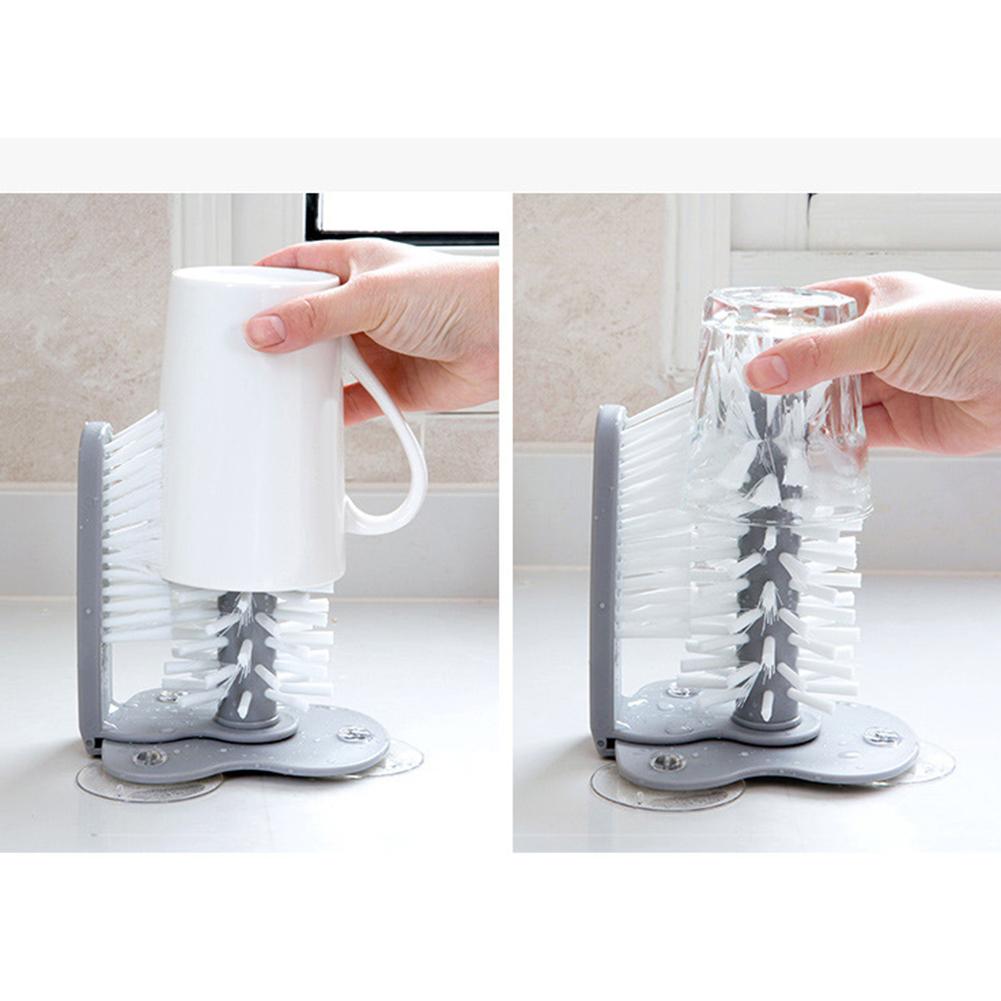 Cọ vệ sinh ly/bình nước đa năng có cốc hút gắn tường sáng tạo 2 trong 1