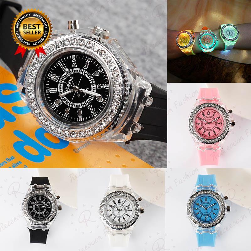Đồng hồ đeo tay cho bé gái thumbnail