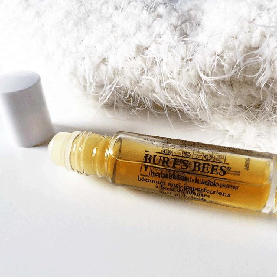 Thanh lăn tinh dầu chấm mụn tràm trà Burt's Bees- Herbal Complexion Stick With Tea Tree Oil Burts Bee - 7.7ml