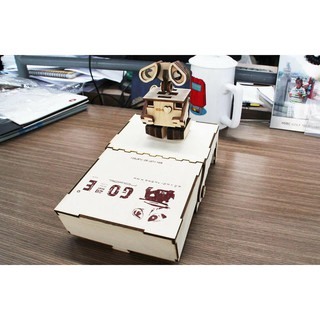 Robot Go -E biết đi