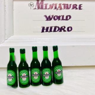 Chai bia mini dùng cho nhà búp bê. Mini food. Decor chụp hình