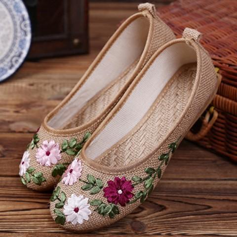 Giày Vải Thêu Hoa Cho Nữ