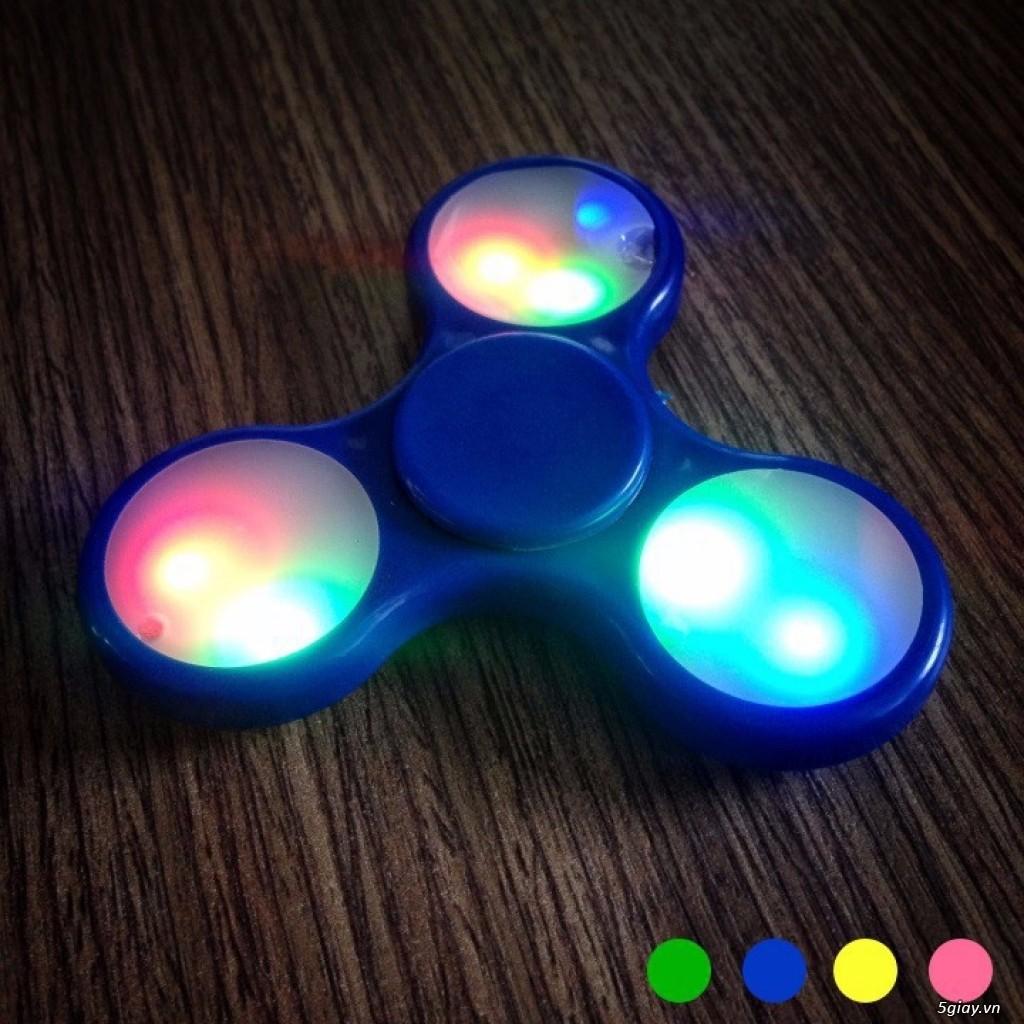 Spinner có đèn LED - 2491073 , 310956101 , 322_310956101 , 9999000 , Spinner-co-den-LED-322_310956101 , shopee.vn , Spinner có đèn LED