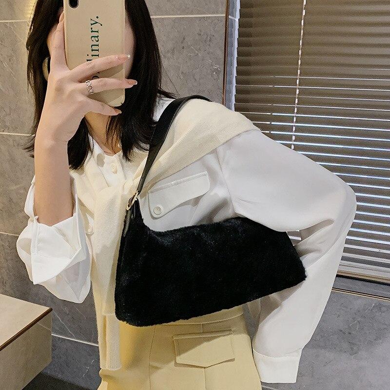 Túi xách JASMIN NOIR kiểu dáng đơn giản sành điệu