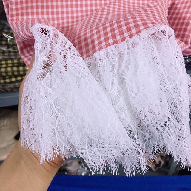 Váy Bầu Dáng Xuông Hoạ Tiết Kẻ Phối Chân Ren