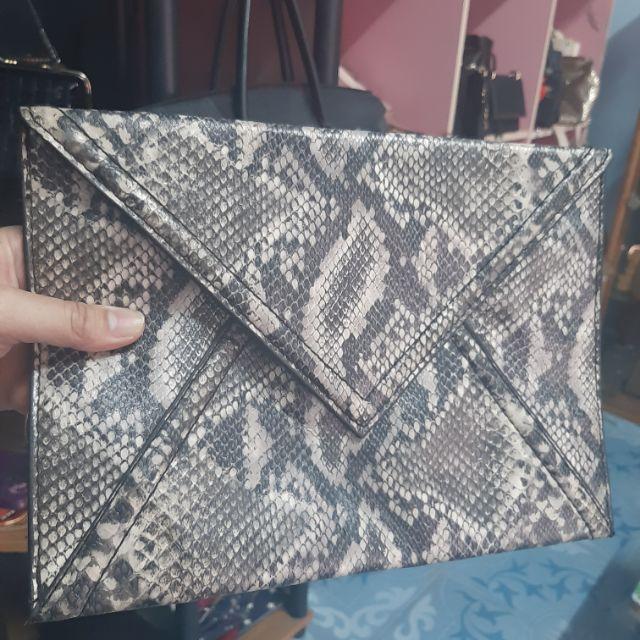 กระเป๋าครัชแบรนด์ H&M แท้