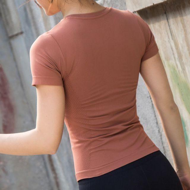 Mặc gì đẹp: Dẻo dai với Áo tập gym yoga nữ chất dệt kim siêu đẹp ami