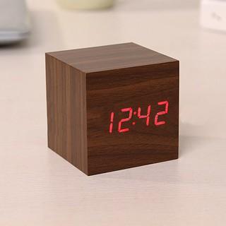 (HCM ) Đồng hồ để bàn LED giả gỗ ô vuông đẹp - Báo thức - Nhiệt kế - chế độ vỗ tay tắt mở màn hình