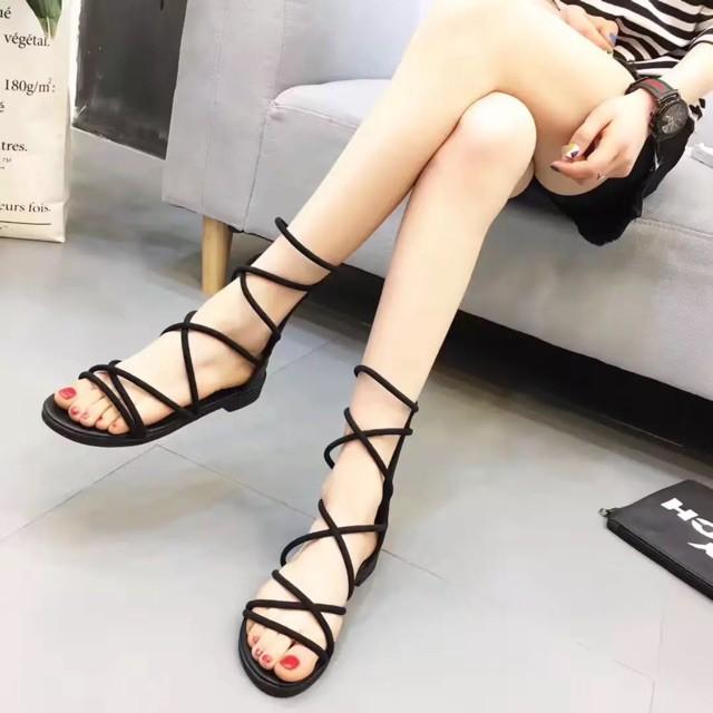 Sandal dây cuốn chiến binh hot quá trời