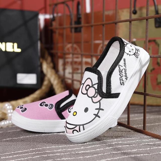 Giày micky và hello kitty