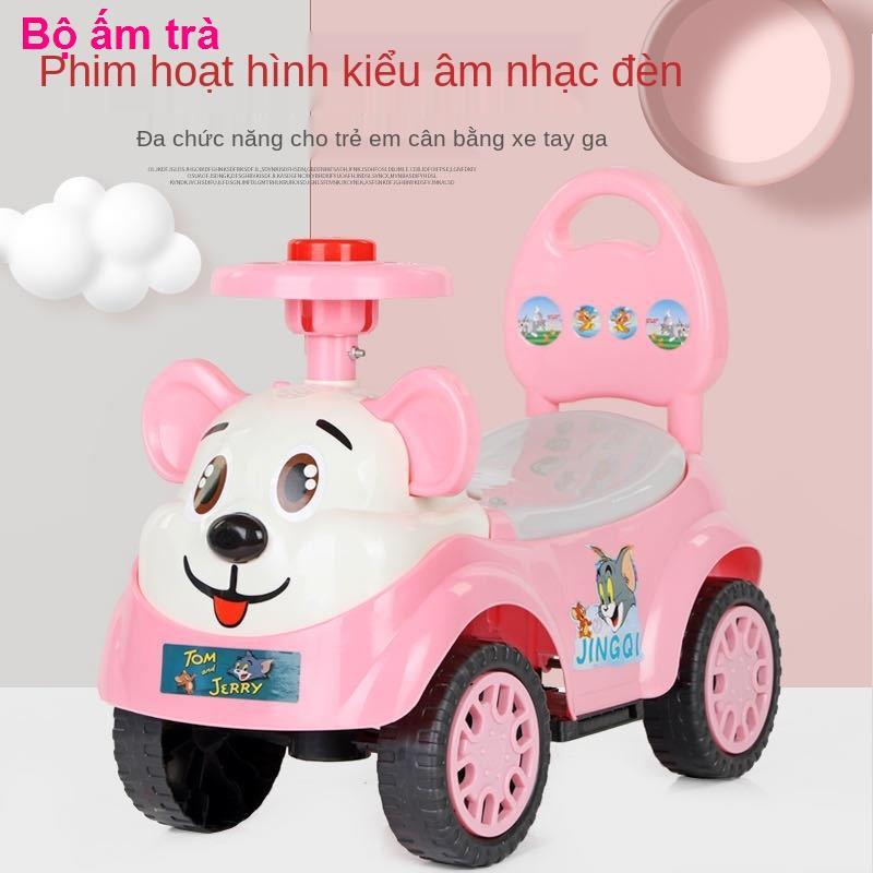 nhỏ cho béVòng xoắn dành cho trẻ em Ô tô có thể ngồi trên đồ chơi của mọi người nhạc và đèn