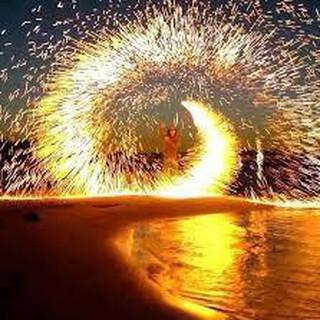 Bùi Nhùi Thép Gói Nhỏ tạo vòng lửa chụp ảnh