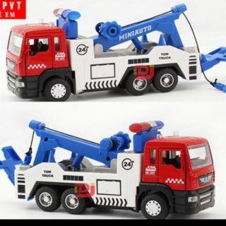 Mô hình đồ chơi xe cứu hộ trẻ em