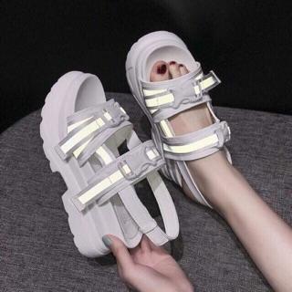 Sandal ULZZANG phát quang chuẩn ảnh