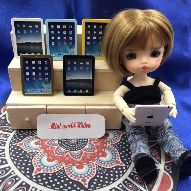 iPad mini tí hon mô hình dùng trang trí nhà búp bê tỉ lệ 1/6, 1/8