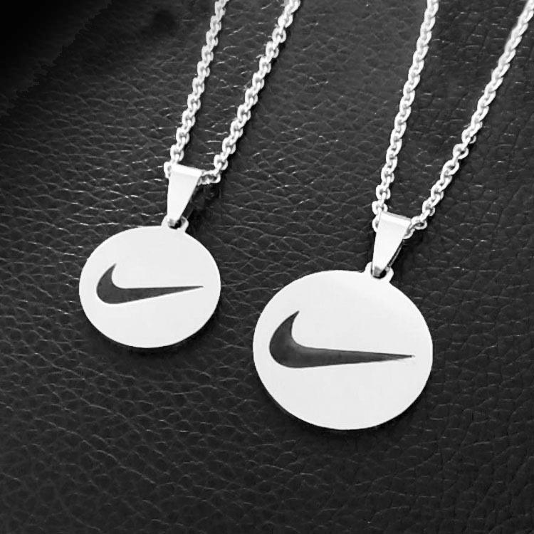 Dây Chuyền Thép Không Gỉ Mặt Tròn In Logo Nike Thời Trang Cho Các Cặp Đôi