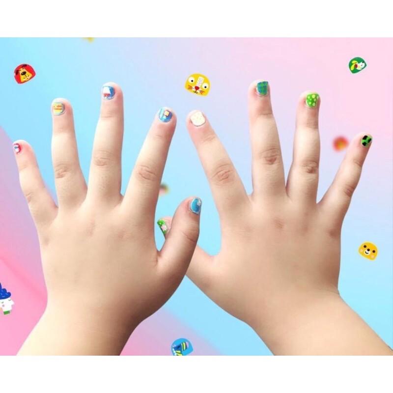 Bộ dán móng tay cho bé siêu xinh