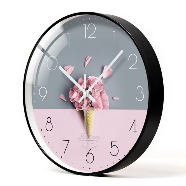 Đồng hồ treo tường Kim Trôi 30CM (Lá Xanh)