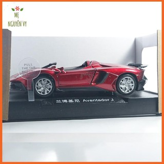Xe mô hình bằng sắt