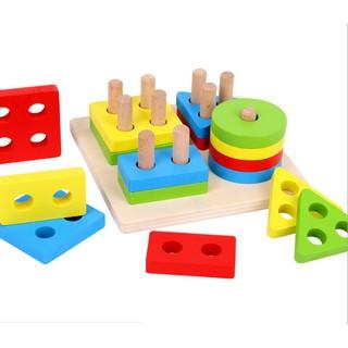 [HOT]Đồ chơi thả hình gỗ 4 trụ dành cho bé yêu – Toca Toys