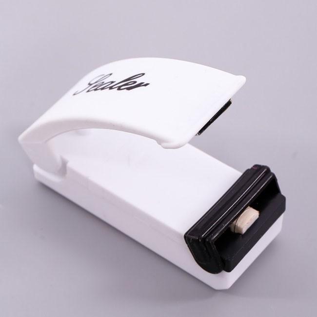 Máy hàn miệng túi mini Super Sealer - 2686237 , 39842712 , 322_39842712 , 36000 , May-han-mieng-tui-mini-Super-Sealer-322_39842712 , shopee.vn , Máy hàn miệng túi mini Super Sealer